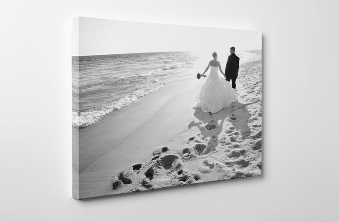 Wedding canvas photo black and white effect