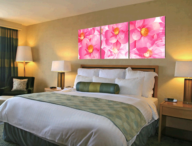 flowers-print-on-canvas-bedroom-decor-idea