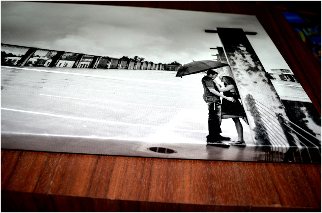 Couple picture printed on canvas with Thin Frame Option